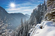 Nie od dziś wiadomo, że Zakopane to góra zabawy i warto się tam wybrać bez względu na porę roku, największą moc przyciągania ma jednak zimą.