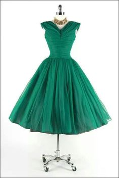 Vintage Party Dress.  This would be beautiful in red.
