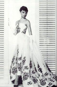 Beautiful dress:D