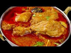 the Best possible way to make Chicken Korma is actually not that easy, people love the way Delhi style korma is made or how karma's korma is made but actuall. Spinach Recipes, Bread Recipes, Reshmi Kebab, Mutton Korma, Chicken Recipes Video, Recipe Chicken, Indian Chicken, Indian Food Recipes, Ethnic Recipes