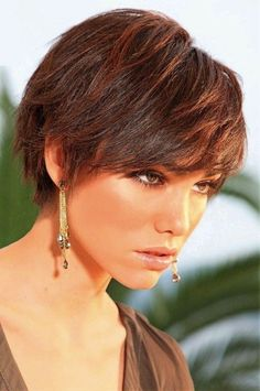 Extraordinary Funky hairstyles curly,Wedge hairstyles beauty and Asymmetrical hairstyles african american. Pixie Haircut For Thick Hair, Short Pixie Haircuts, Short Hair Cuts, Pixie Cuts, Fade Haircut, Wedge Hairstyles, Funky Hairstyles, Straight Hairstyles, Everyday Hairstyles