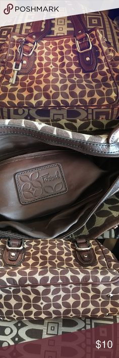 Fossil Bag Fossil bag in great condition. Fossil Bags Totes