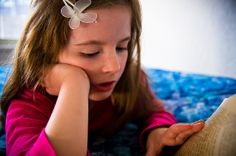 article on simplicity parenting to help raise calmer, happier, and more secure kids