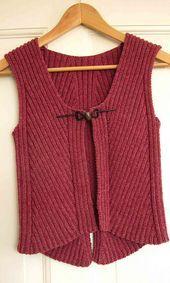 Ravelry: ByAnn's Pisa 2 knitting for beginners knitting ideas . Ravelry: ByAnn's Pisa 2 knitting for beginners knitting ideas knitting pat Beginner Knitting Projects, Knitting Blogs, Easy Knitting, Knitting For Beginners, Knitting Designs, Knitting Patterns Free, Knit Patterns, Knitting Ideas, Baby Cardigan Knitting Pattern