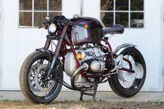 C'est ici qu'on met les bien molles....BMW Café Racer - Page 37