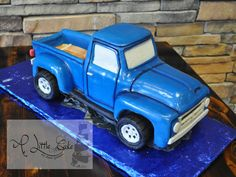 Making trucks and cars out of cake is one of our specialties. Check out this 57 Ford truck grooms cake. The groom owns a 57 Ford just like this one. The cake was used to surprise him at the wedding . Using photos of his truck and blueprints, we. Truck Birthday Cakes, Truck Cakes, Horse Birthday, Beautiful Cakes, Amazing Cakes, Bike Cakes, Biscuit, Car Themed Parties, Little Blue Trucks