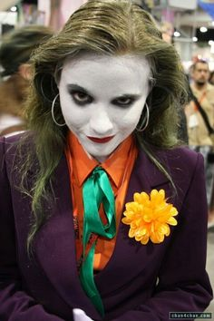 This is what I'm going to do for halloween! I'll edit the makeup and hair a bit to look more like the Joker but this is the basic idea of what I want to be!! :D ❤