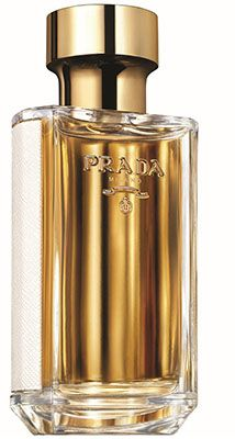 The instinctive, human, highly crafted and boundlessly imaginative approach that Prada ascribes to the making of fragrance is everywhere present in the 'olfactory maps' for both La Femme Prada and L'Homme Prada. Designed to take the wearer on a voyage through place, memory and time, somehow there appears a sensual meeting point for these distinct female and male fragrances to consummate an aesthetic relationship through experimentation and tradition.