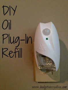 How To Refill Your Oil Plug-ins: Bring your air freshener plugin back to life with this simple tuto Diy Cleaning Products, Cleaning Solutions, Cleaning Hacks, Homemade Products, Deep Cleaning, Do It Yourself Furniture, Do It Yourself Home, Cleaners Homemade, Diy Cleaners