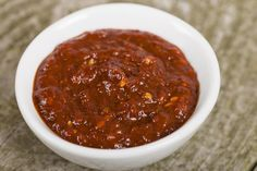 Bring smoky heat to your favorite meals… Adding a little smoky spicinessto any meal is simplewith this tasty chipotle paste recipe. Based on chipotle peppers in adobo sauce, it adds in earthy and even lemony undertones with the additions of coriander and thyme.It's very versatile – use chipotle paste as a marinade for steak, chicken, …