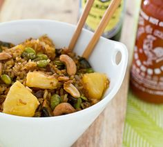 Baked Fried Brown Rice With Sriracha, Pineapple, Cashews And Edamame By Ohmyveggies: Much Less Fussy And Less Oily Than The Stir Fried Version. You Could Even Try It With Quinoa. #bakedFriedRice