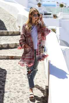Blogger Leonie Hanne of ohhcouture looks great in Tory Burch while traveling in Santorini