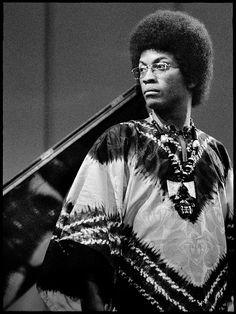 Jazz Artists, Jazz Musicians, Music Artists, Jazz Composers, Herbie Hancock, Jazz Funk, All That Jazz, Portraits, Types Of Music