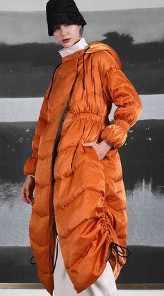 Luxury orange duck down coat trendy plus size side drawstring winter jacket hooded Jackets Stylish Plus, Trendy Plus Size, Winter Coats Women, Winter Jackets, Plus Size Down Coats, Plus Size Cardigans, Autumn Clothes, Athleisure Fashion, Duck Down