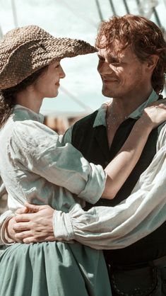 outlander season 3 | Outlander Season 3, Outlander 3, Outlander Tv Series, Sam Heughan Outlander, Claire Fraser, Jamie Fraser, Jamie And Claire, Perfect Couple Pictures, Couple Photos