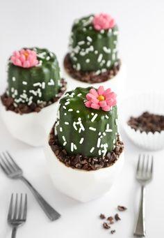 Mini Potted Cactus Cakes