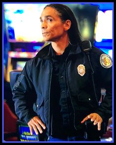 Longmire Tv Series, Zahn Mcclarnon, Man Of Mystery, Native American Images, Native Indian, Long Live, Greys Anatomy, Law Enforcement, Indiana