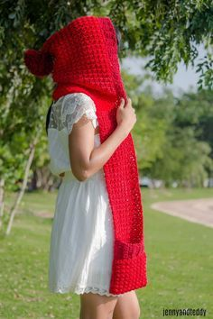 1free crochet pattern halloween custome little red riding hood pocket scarf easy