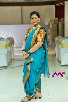 kashta saree girls at DuckDuckGo Kashta Saree, Saree Poses, Sari, Beautiful Women Over 40, Beautiful Girl Indian, Beautiful Birds, Indian Girl Bikini, Indian Girls, Marathi Saree
