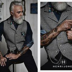 Henri Jones FW 2016 by Enrico Posla  scarf and pochette: SCI'M social couture ph: Caterina Gualtieri Photography ph asst: Jacopo Posla  styling: Daniela Bignami MUA & grooming: Chiara Monga