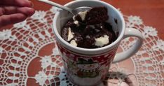 Mennyei Bögrés süti (mikróba süthető) recept! Chocolate Fondue, Latte, Tableware, Food, Dinnerware, Dishes, Essen, Yemek, Latte Macchiato