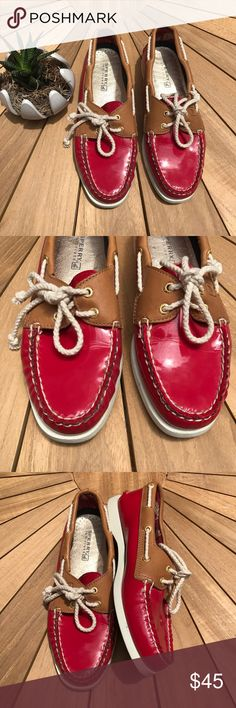 Sperry Top-Sider Bright Red Shoe Size 7.5 Sperry 🌺 Top sider🌺 100% Authentic🌺 Lightly used (maybe 2 times)🌺 Bright Red🌺 Looks NWOT🌺 Size 7.5 M🌺 Sperry Shoes Flats & Loafers
