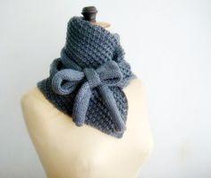 Capucha de punto NeckWarmer arco atado bufanda por faima en Etsy, $48.00