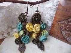 petites fleurs turquoise, beige et brune - fimo