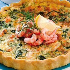 Räkpaj Quiches, Swedish Recipes, Quiche Recipes, Wraps, Fish And Seafood, Deli, Vegetable Pizza, Catering, Bacon