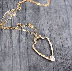 Hey, I found this really awesome Etsy listing at https://www.etsy.com/listing/206971806/14k-gold-arrowhead-necklace-herkimer