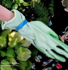 DIY Project Wood Scrap Scarecrow ~ My Garden Maiden – Our Fairfield Home & Garden Make A Scarecrow, Scarecrow Ideas, Garden Crafts, Garden Art, Scarecrows For Garden, Next Garden, Wood Scraps, Outdoor Crafts, Garden Items