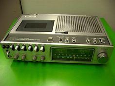 SONY CF-2700 - www.remix-numerisation.fr - Rendez vos souvenirs durables ! - Sauvegarde - Transfert - Copie - Digitalisation - Restauration de bande magnétique Audio - MiniDisc - Cassette Audio et Cassette VHS - VHSC - SVHSC - Video8 - Hi8 - Digital8 - MiniDv - Laserdisc - Bobine fil d'acier - Micro-cassette - Digitalisation audio