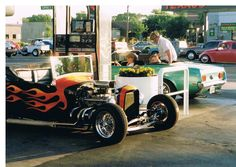 1994 Graffiti USA getting gas on McHenry American Graffiti, Car Show, Hot Rods, Antique Cars, California, Memories, Usa, Pictures, Vintage Cars