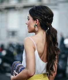 21 Elegant Ponytail Hairstyles for Special Occassions - Peinados - Wedding Hairstyles Ponytail Haircut, Side Ponytail Hairstyles, Haircuts For Curly Hair, Haircut For Thick Hair, Wedding Hairstyles, Side Braid Ponytail, Beach Hairstyles, Braid Bangs, Headband Hairstyles