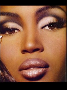 kevin aucoin  | Naomi Campbell, makeup by Kevin Aucoin. | Cosmetics