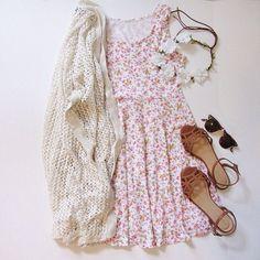 Daily New Fashion : Pink Sleeveless Floral Pleated Chiffon Dress