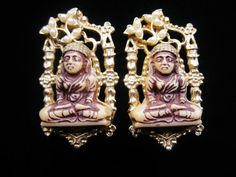 Items similar to Vintage Gold Tone Buddha Clip Earrings - Resin & Pearl Earrings - Praying Lotus Buddha Pearl Flower Earrings - Buddha Jewelry on Etsy Flower Earrings, Clip On Earrings, Pearl Earrings, Unique Vintage, Etsy Vintage, Pearl Jewelry, Vintage Jewelry, Buddha Jewelry, Pearl Flower