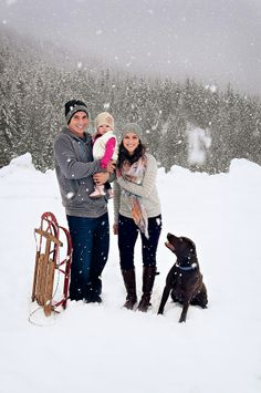 winter family portraits in the snow Christmas card photo ideas Winter Family Pictures, Winter Photos, Winter Pictures, Family Pics, Winter Ideas, Kid Pics, Winter Photography, Photography Poses, Family Photography
