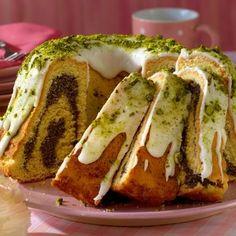 Egy finom Bécsi mákos-marcipános kuglóf ebédre vagy vacsorára? Bécsi mákos-marcipános kuglóf Receptek a Mindmegette.hu Recept gyűjteményében! Hungarian Recipes, French Toast, Muffin, Food And Drink, Sweets, Breakfast, Pound Cakes, Kitchen, Christmas