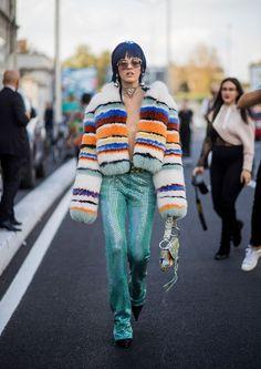 Como montar looks de estilo mais maximalista | Érica Minchin Funky Fashion, Star Fashion, Womens Fashion, Street Fashion, Milan Fashion, Street Style Trends, Missoni, Trendy Outfits, Fashion Outfits