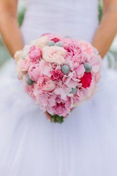 Pink Bridal Bouquet Barcelona City Destination Wedding | Fly Away Bride