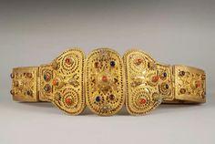 19th Armenian priest belt