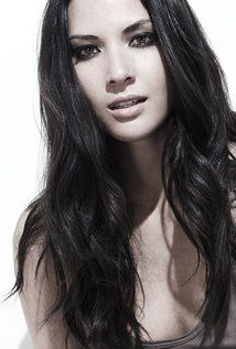 "Olivia Munn Born: Lisa Olivia Munn July 3, 1980 in Oklahoma City, Oklahoma, USA Height: 5' 4"" (1.63 m)"