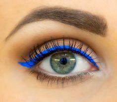 Don't Fear Bold, Bright Eyeliners   Divine Caroline- Sephora 12hr Eye Liner in Fancy Blue
