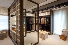 d0bcb66999 25 Stylish Closets & Dressing Rooms. 楽屋クローゼットドレッシングル ームウォークインクローゼット豪華なインテリア  ...