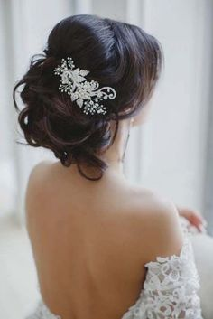 30 Amazing Wedding Hairstyles with Headpiece   http://www.deerpearlflowers.com/amazing-wedding-hairstyles-with-headpiece/