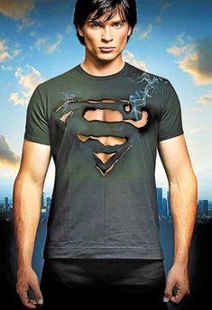 Comic Con offers a Super(man) weekend in Novi Mundo Superman, Supergirl Superman, Superman Art, Smallville Clark Kent, Sebastian Rulli, Marvel Vs, Marvel Dc Comics, Zac Efron, Superman Pictures