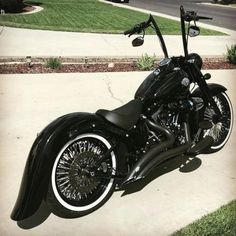 Your daily dose of the best Harley Davidson Softail photos Harley Davidson Street 500, Harley Davidson History, Harley Davidson Trike, Softail Slim Custom, Custom Sportster, Custom Street Bikes, Custom Bikes, Softail Bobber, Harley Davison