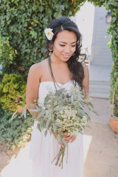 Asian Wedding Hairstyles, Wedding Hair & Beauty Photos by Anna Delores Photography - Image 7 of 23 - WeddingWire Chic Wedding, Wedding Bride, Wedding Flowers, Wedding Plants, Wax Flowers, Farm Wedding, Trendy Wedding, Wedding Dresses, Bride Bouquets