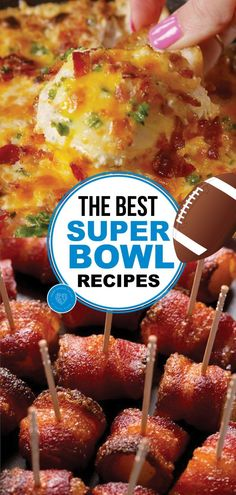 The Super Bowl is approaching: What will you eat? If you make any of these Super Bowl Recipes, we can ensure you'll have a living room full of happy guests. Make one of these Super bowl recipes during your Super bowl party! Yummy Appetizers, Appetizers For Party, Appetizer Recipes, Snack Recipes, Cooking Recipes, Parties Food, Party Snacks, Party Recipes, Party Drinks